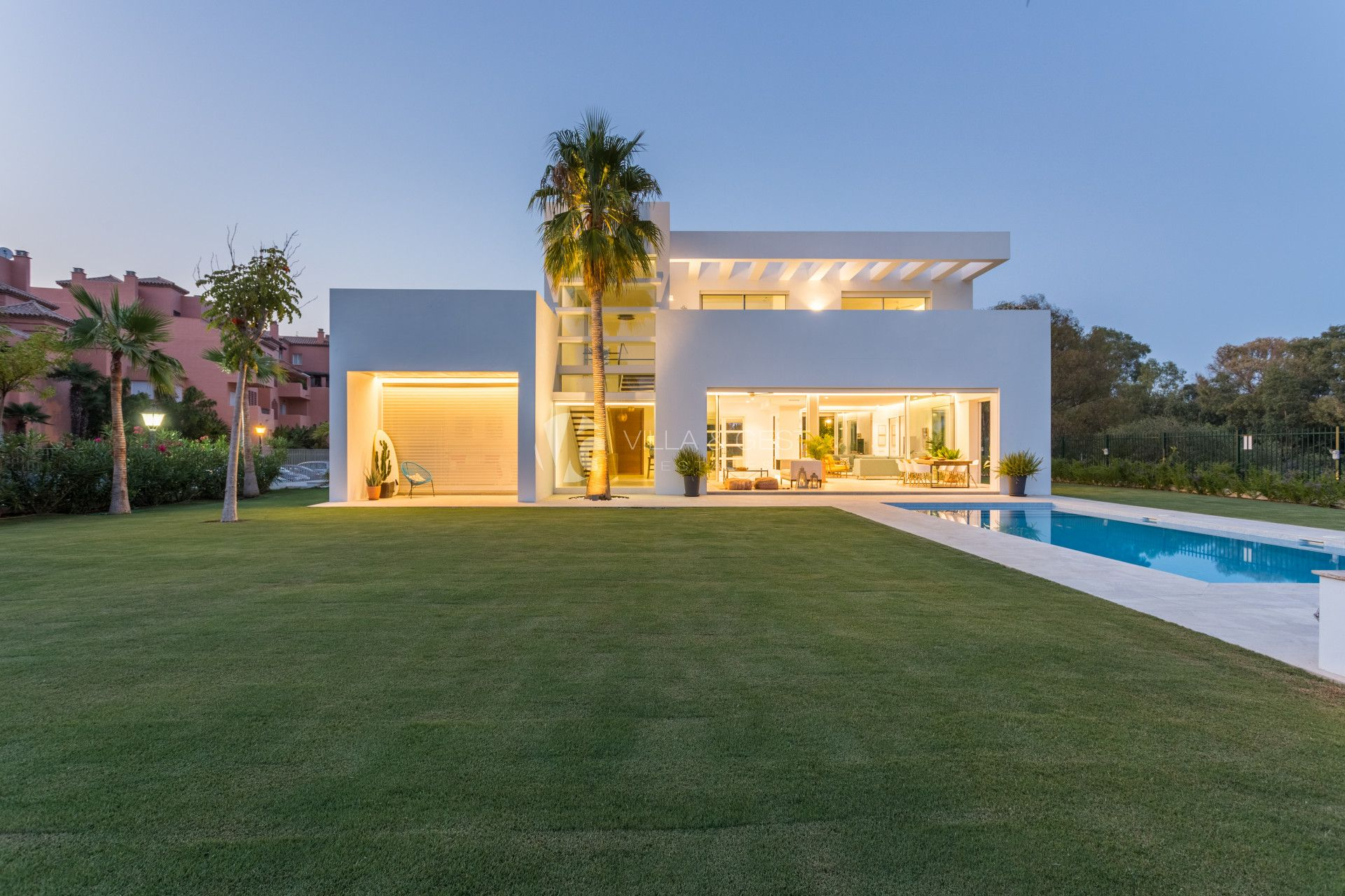 Modern Villa situated In Guadalmina Baja