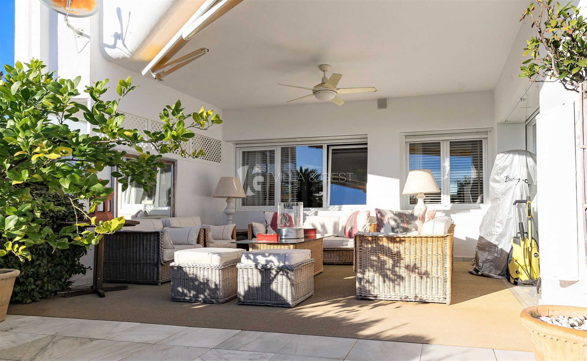 Apartment for sale in San Pedro de Alcantara, Costa del Sol